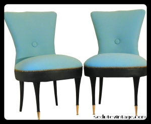 Slipper chairs - a pair    Coppia poltroncine da camera