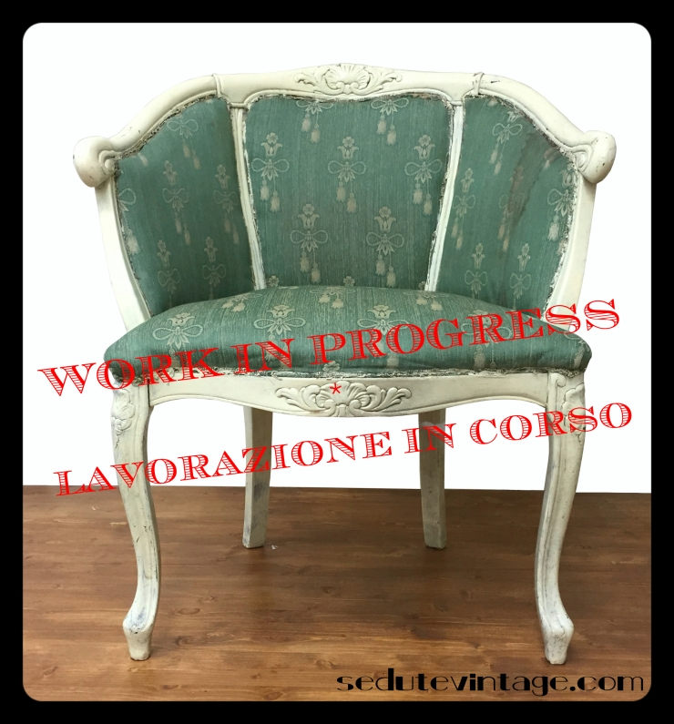 poltroncina stile Luigi XV laccata bianca_WIP