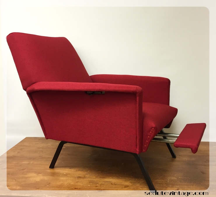 Poltrona reclinabile anni 70 con poggiapiedi - 1970s reclining armchair with footrest